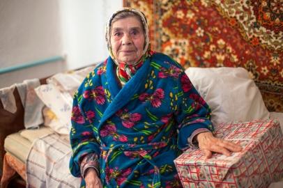 Ukraine, Frau im Kriegsgebiet